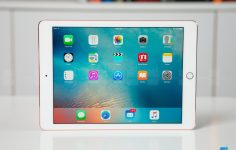 Apple iPad Wi-Fi Review