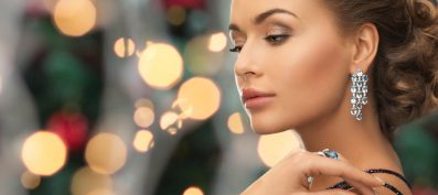 How to Feel Beautiful: Feel Beautiful and Celebrate Ourselves