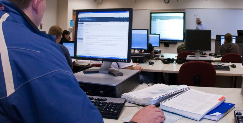 Online Computer Information Systems Degree Options